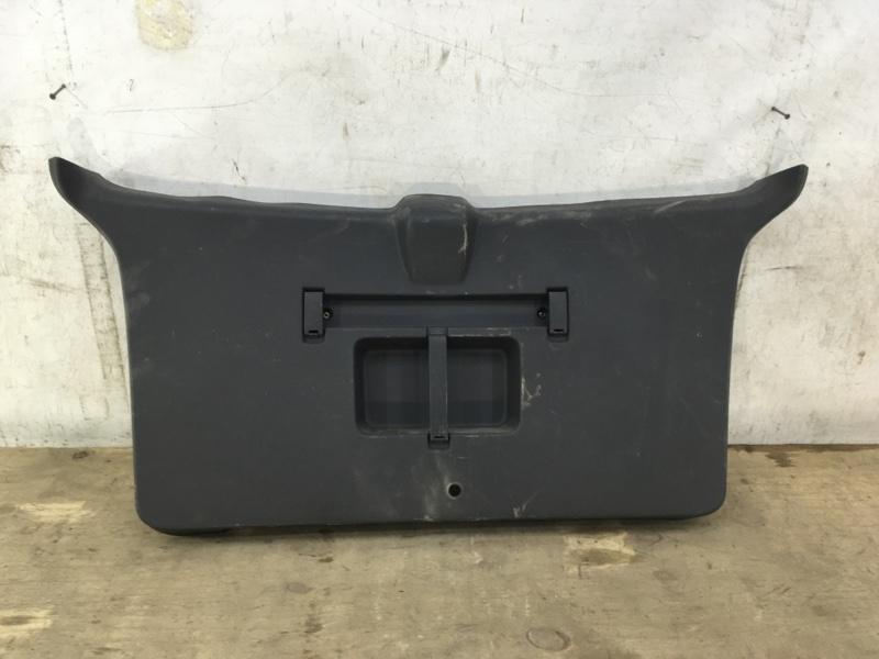 Обшивка багажника Opel Zafira B 2005 задняя