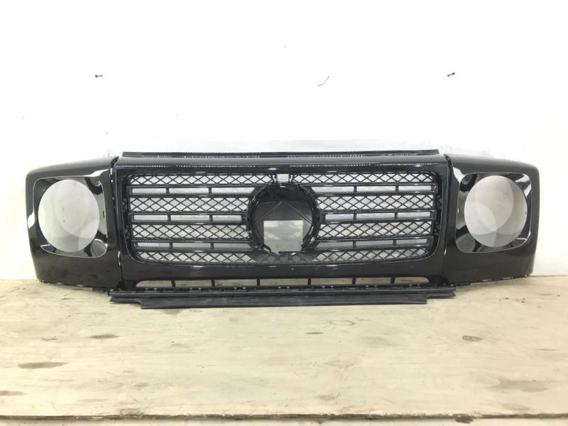 Решетка радиатора Mercedes G W463 2018