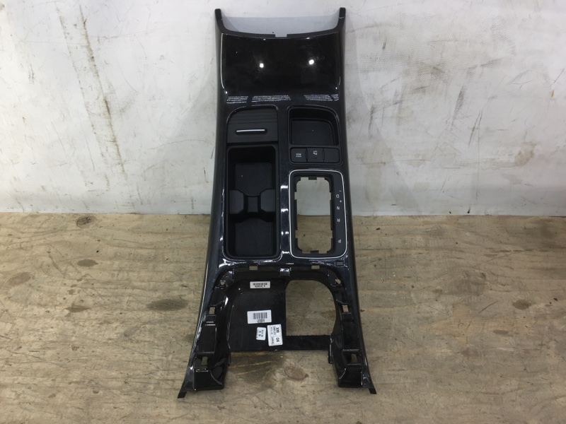 Накладка центральной концоли Kia Sorento 2 XM 2009