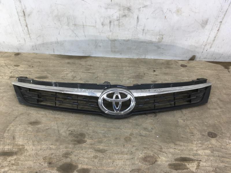 Решетка радиатора Toyota Camry 50 2017