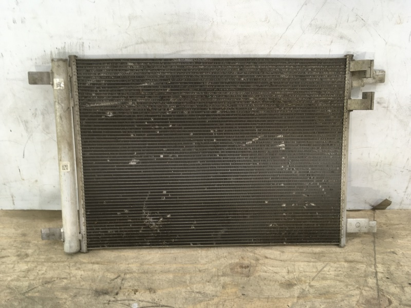 Радиатор кондиционера Volkswagen Passat B8 2014