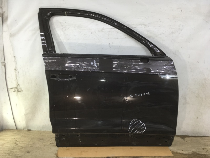 Дверь Volkswagen Touareg 3 2018 передняя правая