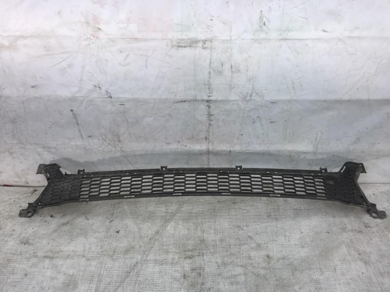 Решетка в бампер Kia Ceed 2 2012 передняя