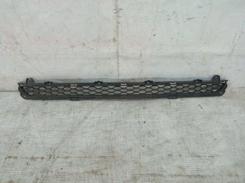 Решетка в бампер Kia Sorento 2 2012 передняя