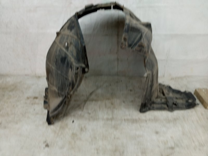 Подкрылок Nissan Qashqai 2 J11 2013 передний левый