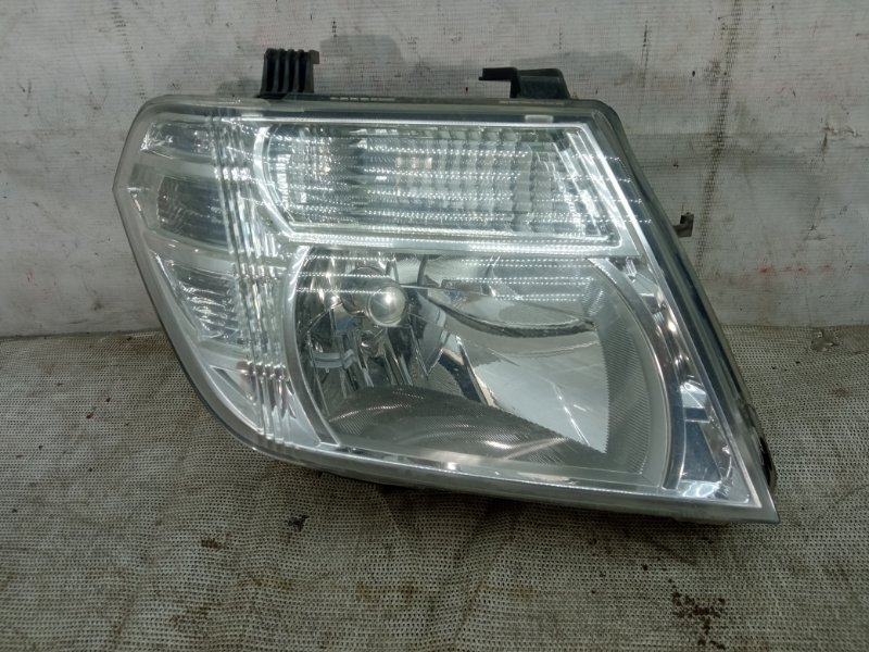 Фара Nissan Pathfinder 3 R51 2004 передняя правая