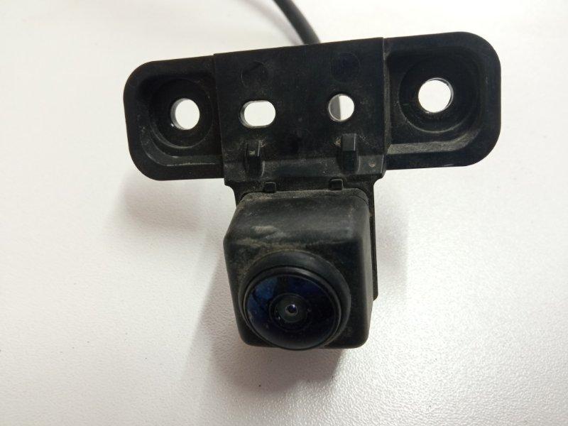 Камера заднего вида Cadillac Escalade 4 2014 задняя