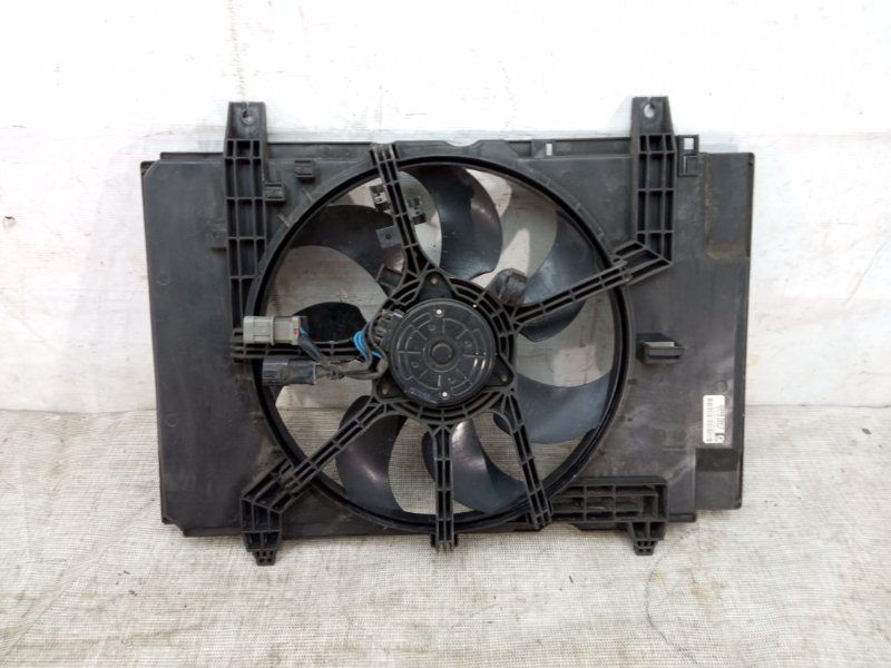 Диффузор вентилятора Nissan Juke 1 F15 2010