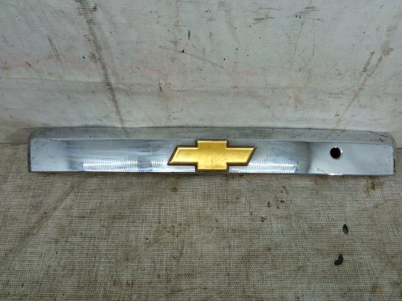 Накладка крышки багажника Chevrolet Captiva 1 C100 2006