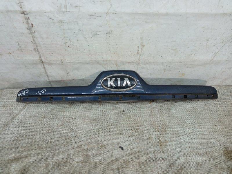 Накладка крышки багажника Kia Sportage 2 2004