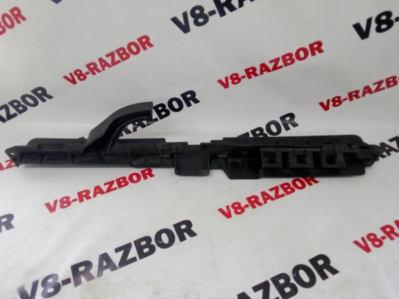 Крепление решетки радиатора Subaru Xv 2012