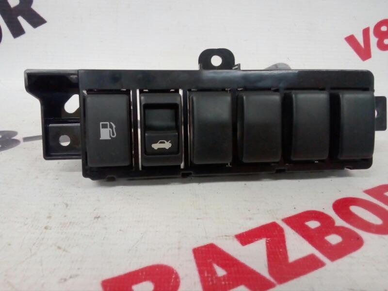 Кнопка открывания багажника Nissan Teana J32 VQ25DE 2008