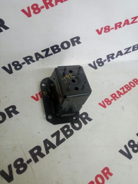 Кронштейн усилителя бампера Nissan Teana J32 VQ25DE 2008 передний правый