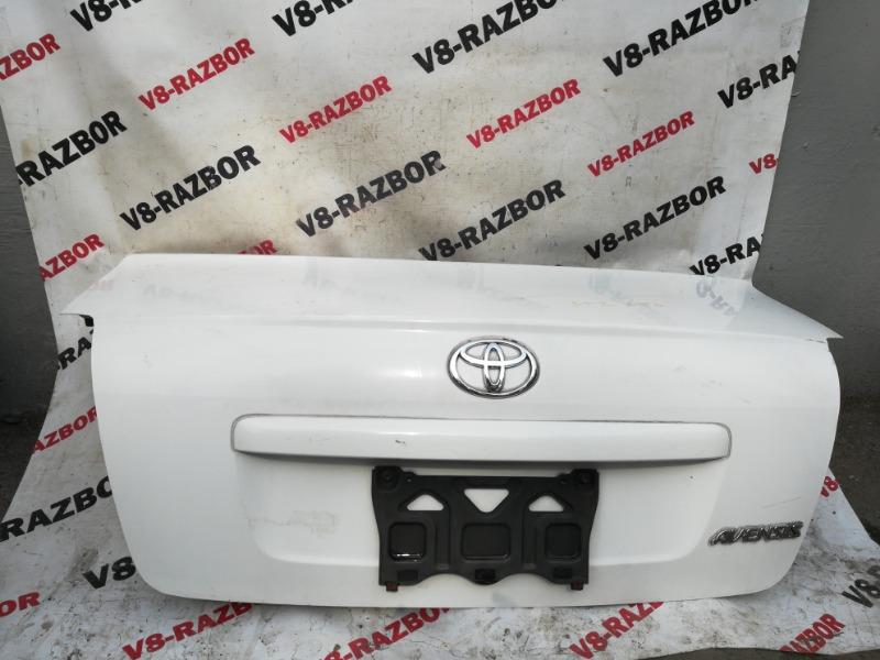 Крышка багажника Toyota Avensis AZT250 1AZ-FSE 2004