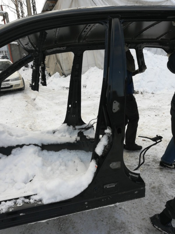 Стойка кузова Subaru Outback BRF EZ36D 2009 левая