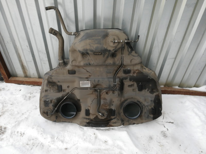 Топливный бак Subaru Outback BR9 EJ253 2011
