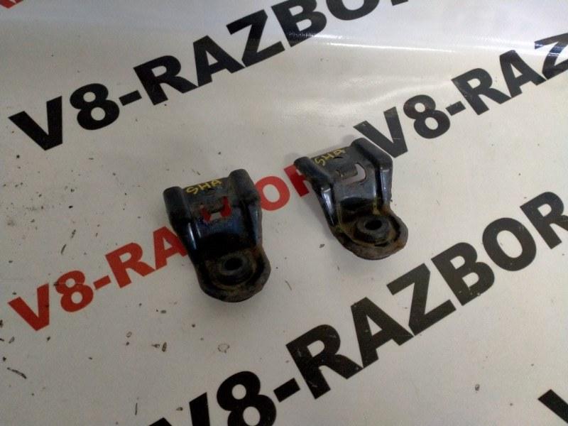 Крепление радиатора Subaru Forester SHA FB25B 2010 верхнее