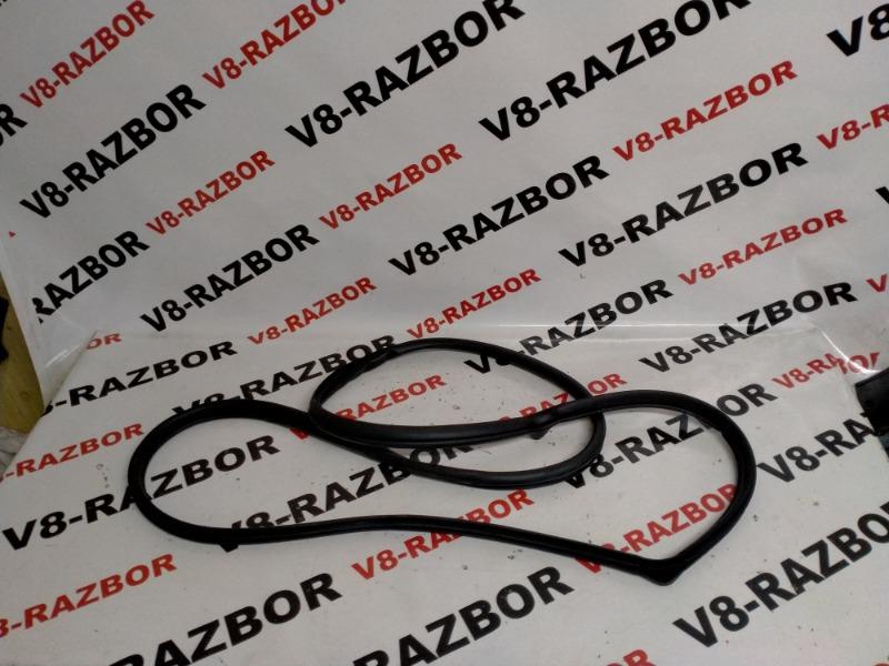 Уплотнительная резинка Subaru Forester SH5 EJ204 2010 задняя