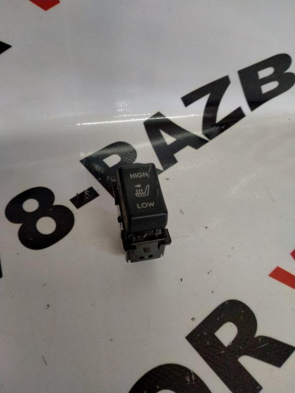 Кнопка включения подогрева сидений Subaru Outback BR9 EJ253 2010 левая