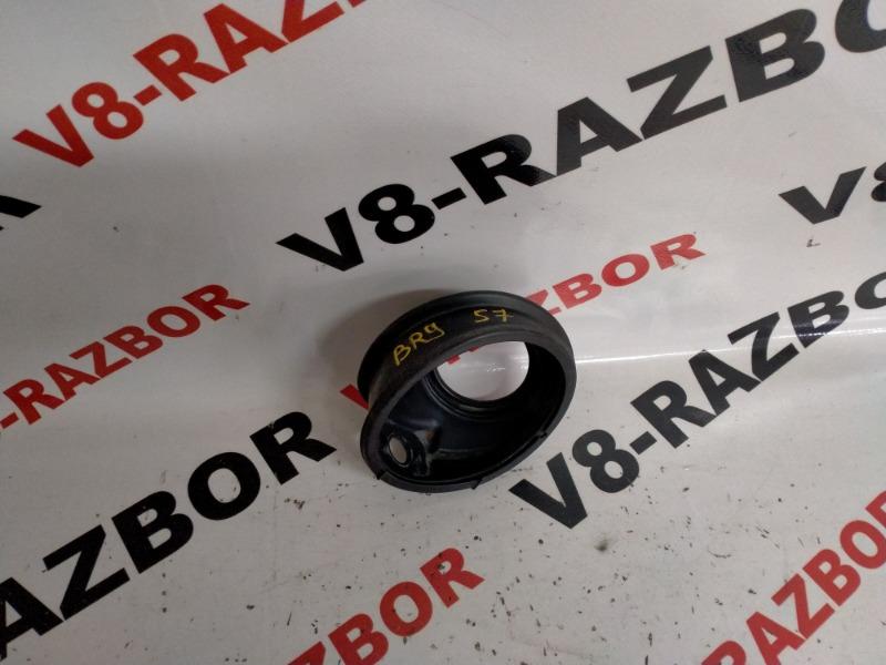 Накладка горловины бензобака Subaru Outback BR9 EJ253 2011