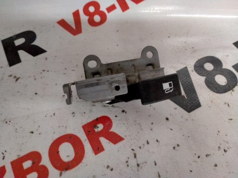 Ручка открывания бензобака Subaru Outback BR9 EJ253 2011