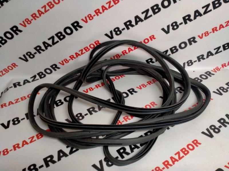 Уплотнительная резинка Subaru Outback BR9 EJ253 2010