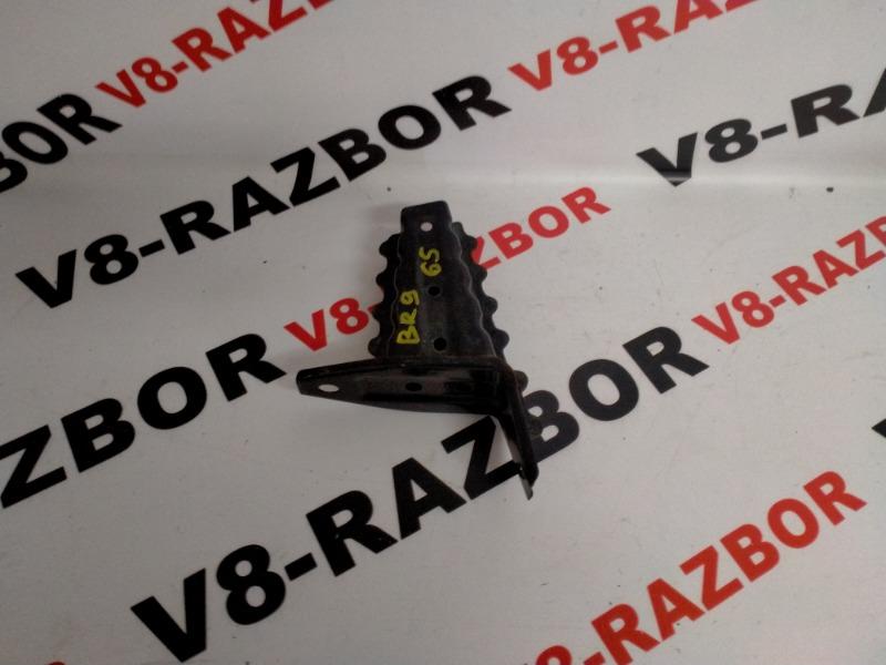 Кронштейн усилителя бампера Subaru Outback BR9 EJ253 2010 передний