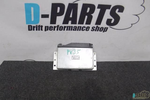 Блок управления abs Nissan Skyline CPV35 VQ35DE