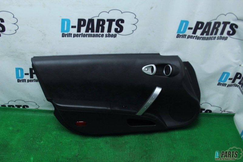 Обшивка дверей Nissan Fairlady Z Z33 VQ35DE левая