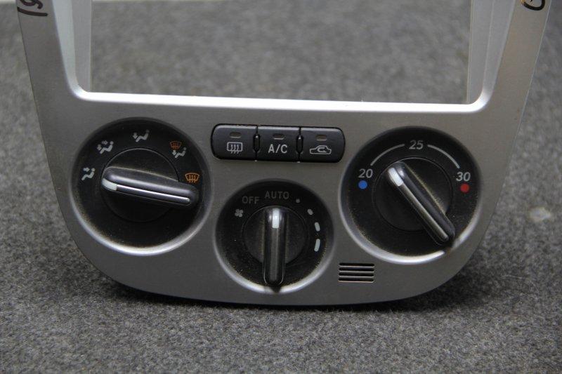 Блок управления климат-контролем Subaru Impreza GDB