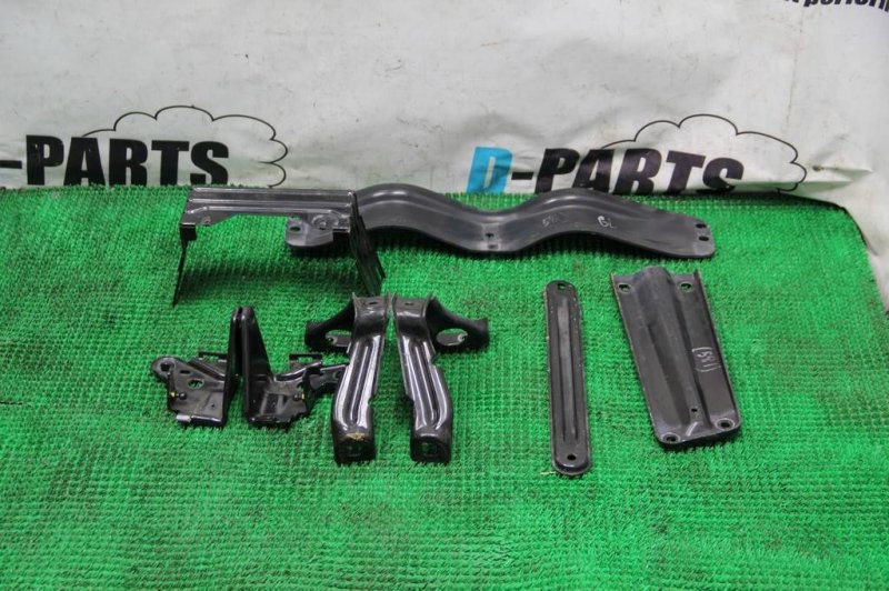 Крепление жесткости бампера Mercedes Gl-Class X164 273.963 30 077680 2007