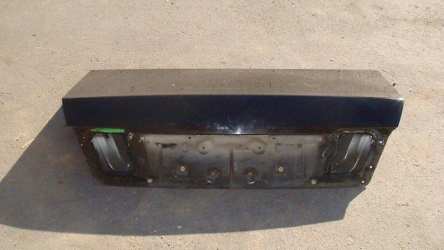 Крышка багажника Nissan Cima Y33