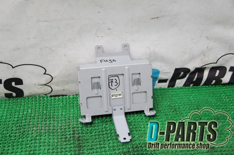Монитор Nissan Fuga PY50
