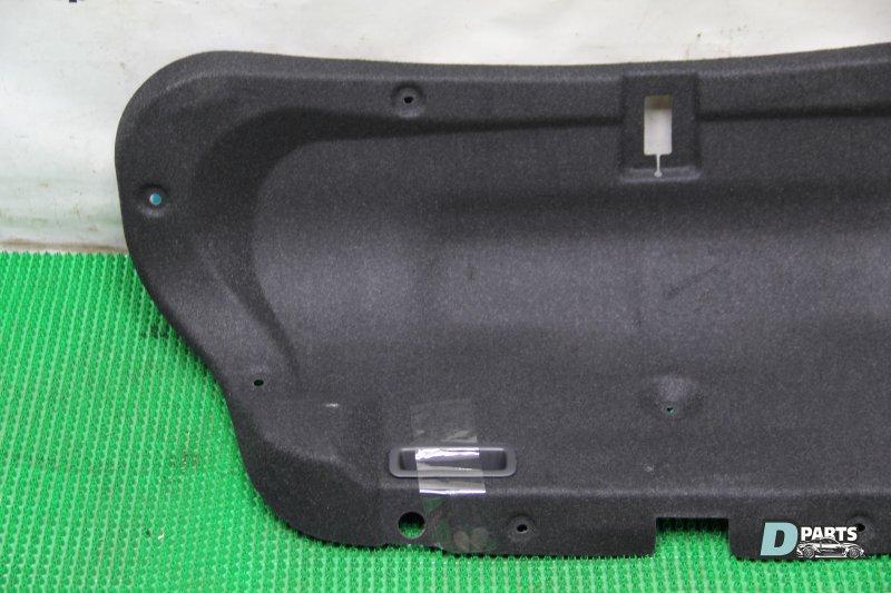 Обшивка крышки багажника Nissan Skyline PV36