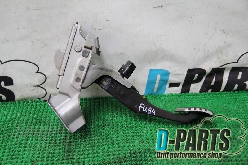 Педаль тормоза Nissan Fuga PY50