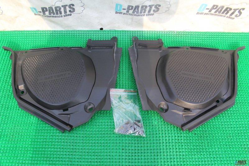 Пластиковая крышка на двс Nissan Fairlady Z Z33