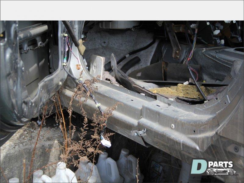 Порог Nissan Fairlady Z Z33 левый