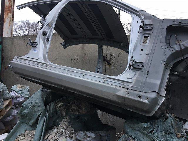 Порог кузова Nissan Skyline PV35