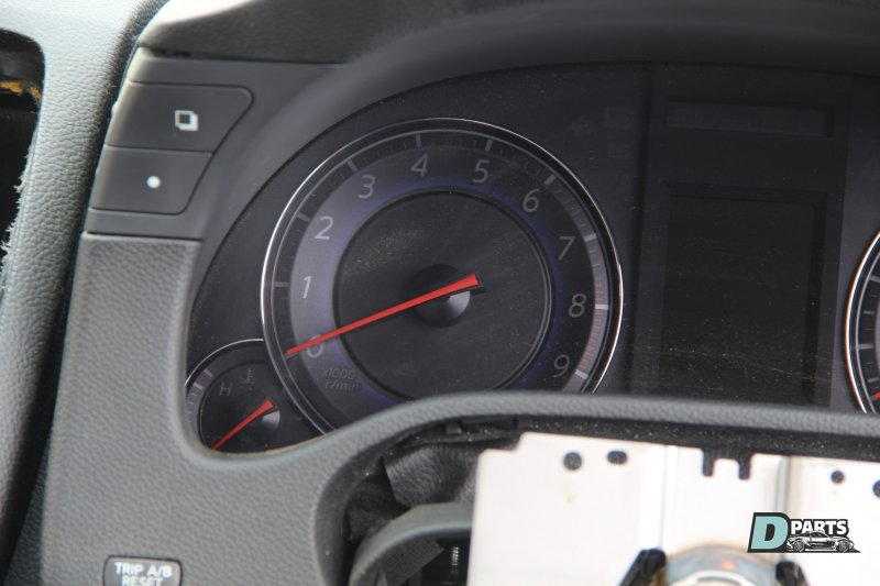 Спидометр Nissan Skyline PV36