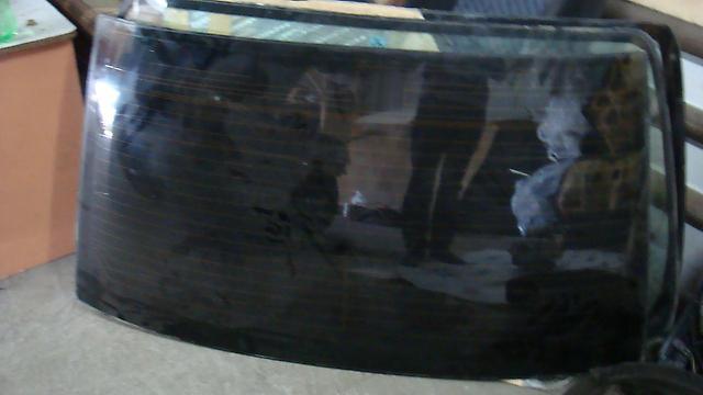 Стекло заднее Toyota Aristo JZS161/JZS160