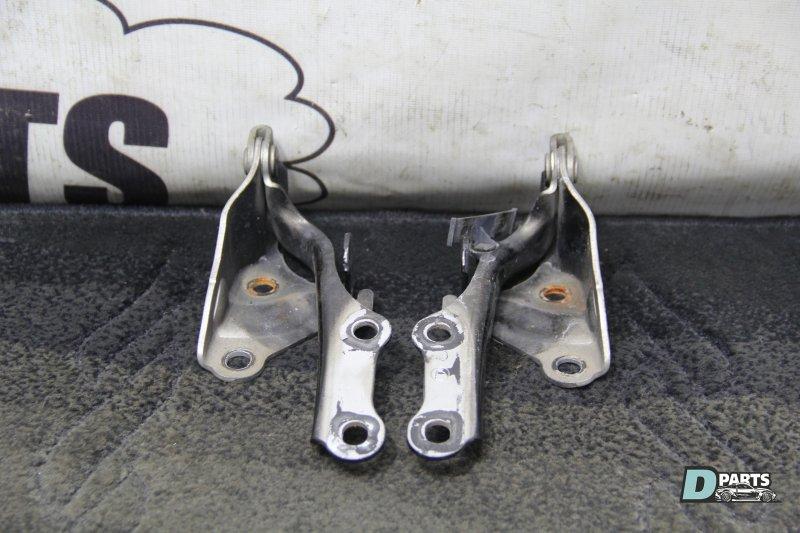 Петля капота Toyota Celsior UCF31-0049182 3UZ 2003