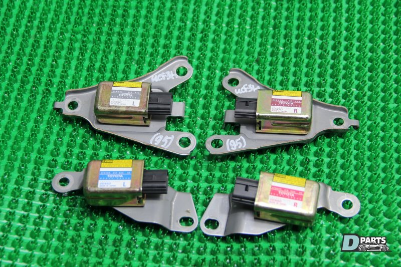 Датчик airbag Toyota Celsior UCF31-0049182 3UZ 2003