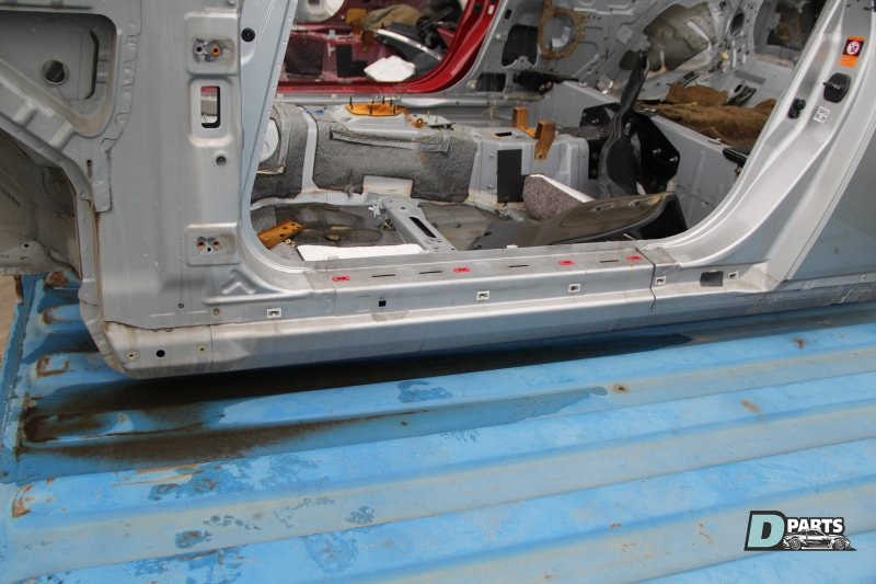 Порог кузова Nissan Skyline CPV35-501877 VQ35DE 2004 левый