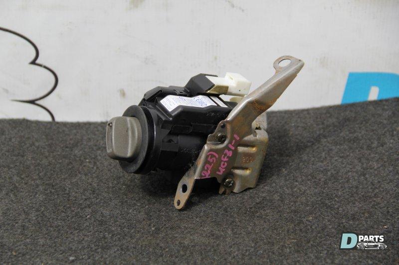 Замок зажигания Toyota Celsior UCF31-0049182 3UZ 2003
