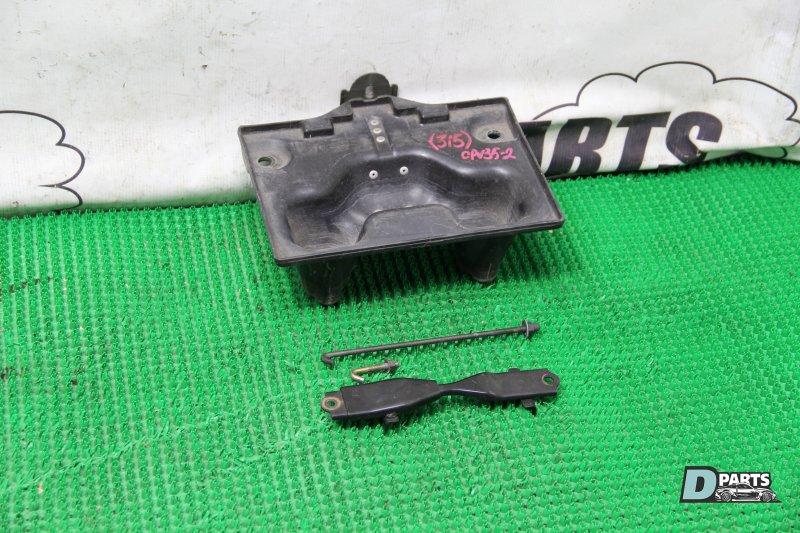 Крепление аккумулятора Nissan Skyline CPV35-501877 VQ35DE 2004