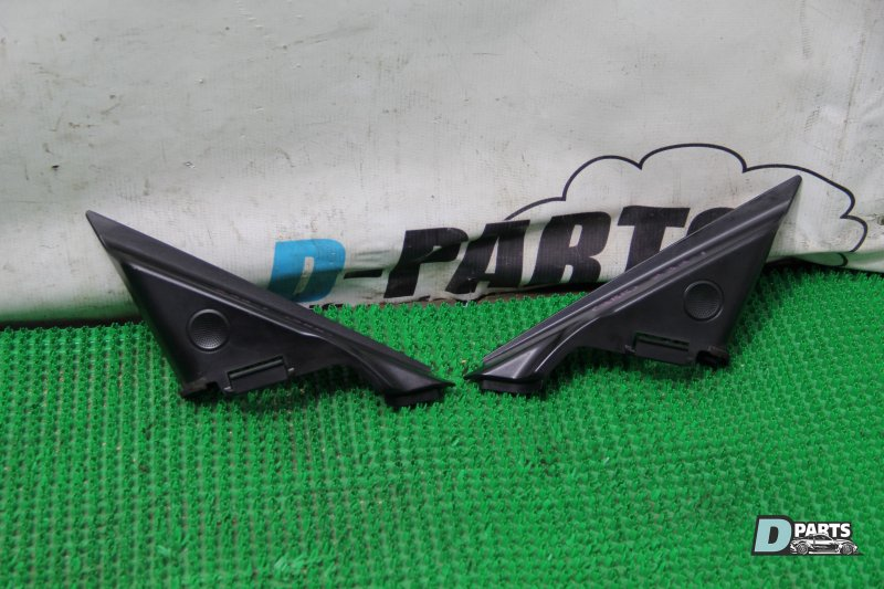 Треугольники зеркал Nissan Fairlady Z Z33-201383 VQ35DE 2003