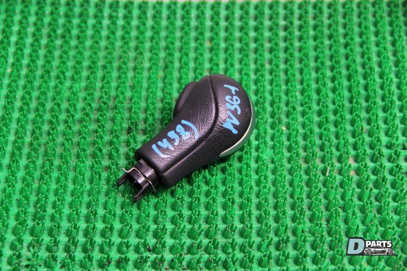 Ручка кпп Nissan Skyline PV36-204611 VQ35HR