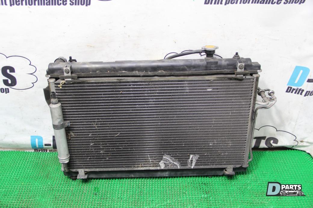 Радиатор Nissan Fairlady Z Z33-003964 VQ35DE 2003