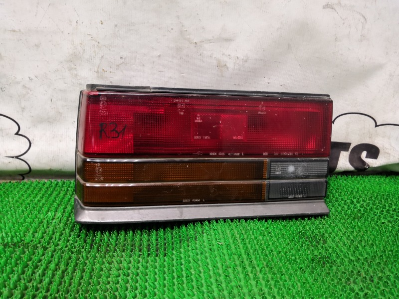 Стоп-сигнал Nissan Skyline R31 левый