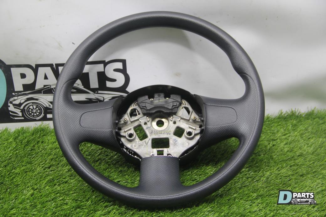 Руль Nissan Note E12